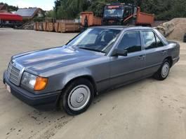 sedan car Mercedes Benz 200D **BELGIAN CAR-VOITURE BELGE** W124 1989