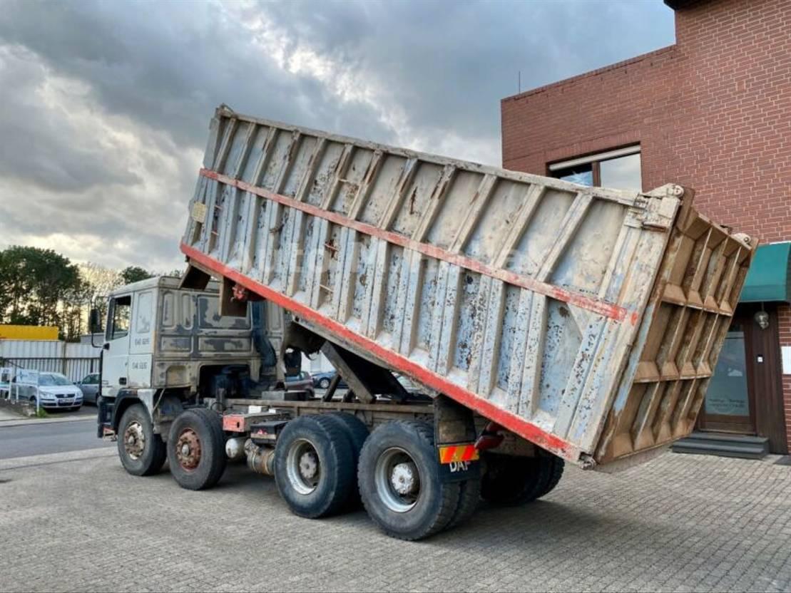 LKW Kipper > 7.5 t DAF 95-380 ATi 8x4 Muldenkipper Euro 2