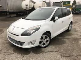 minivan - passenger coach car Renault MEGANE SCENIC verkoop buiten België 2011