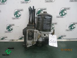 air system truck part Scania 1796161 luchtdroger R 480