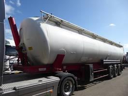 feed semi trailer Spitzer SK 65 CAL,Kippsilo,staub und Rieselgüter,65.000 liter 2008