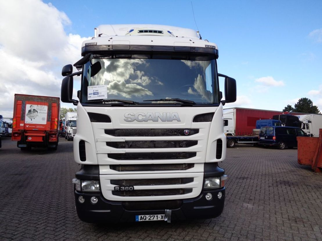 closed box truck > 7.5 t Scania R 360 + ADR + Dhollandia Lift + 3 pedals 2010