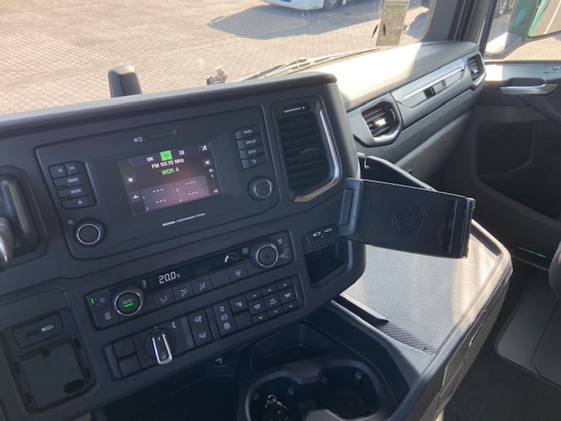 Тягачи стандарт Scania S450 H standklima , hydr unit 2018