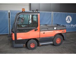 tow tractor Linde P250 2006