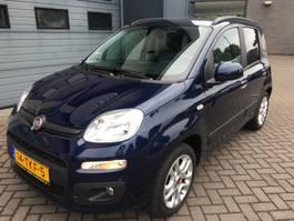 hatchback car Fiat Panda 0.9 TwinAir turbo Lounge met weinig kilometers // 5 zitplaatsen (a... 2012
