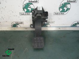 Electronics truck part Renault 7482267250 Gas pedaal T 460
