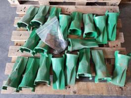 digger bucket Esco 19x tand Esco V23SYL + 19x borging Esco V23PN 2020