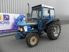 farm tractor Ford 3910