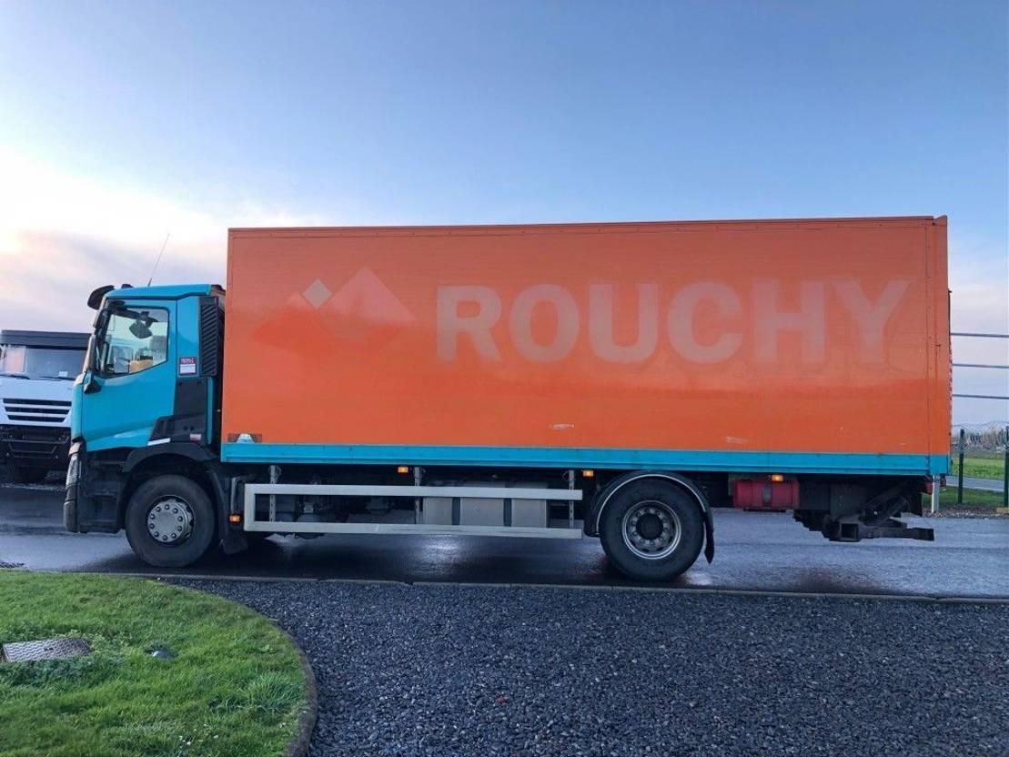 closed box truck > 7.5 t Renault T 380 2014