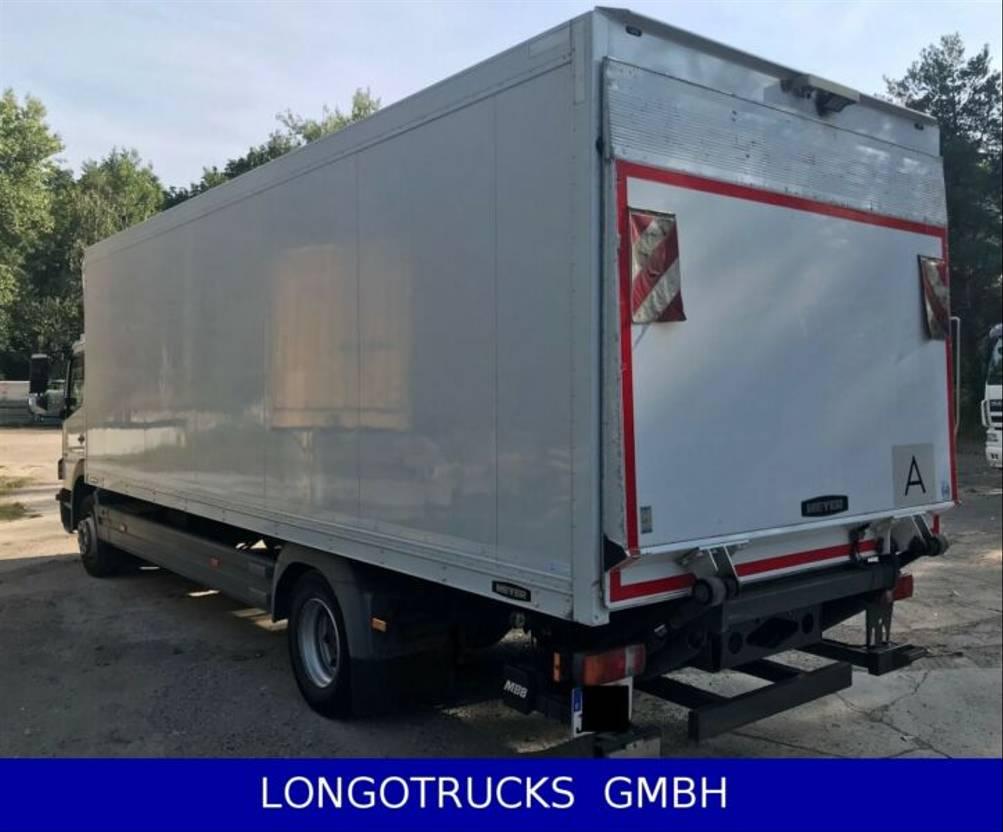 closed box truck > 7.5 t Mercedes Benz Atego 1224 L, 6 Zyl., Iso-Koffer, Rolltor, LBW 2013