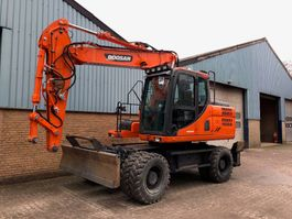 wheeled excavator Doosan DX160W-3 2014