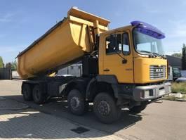 tipper truck > 7.5 t MAN f2000 2001