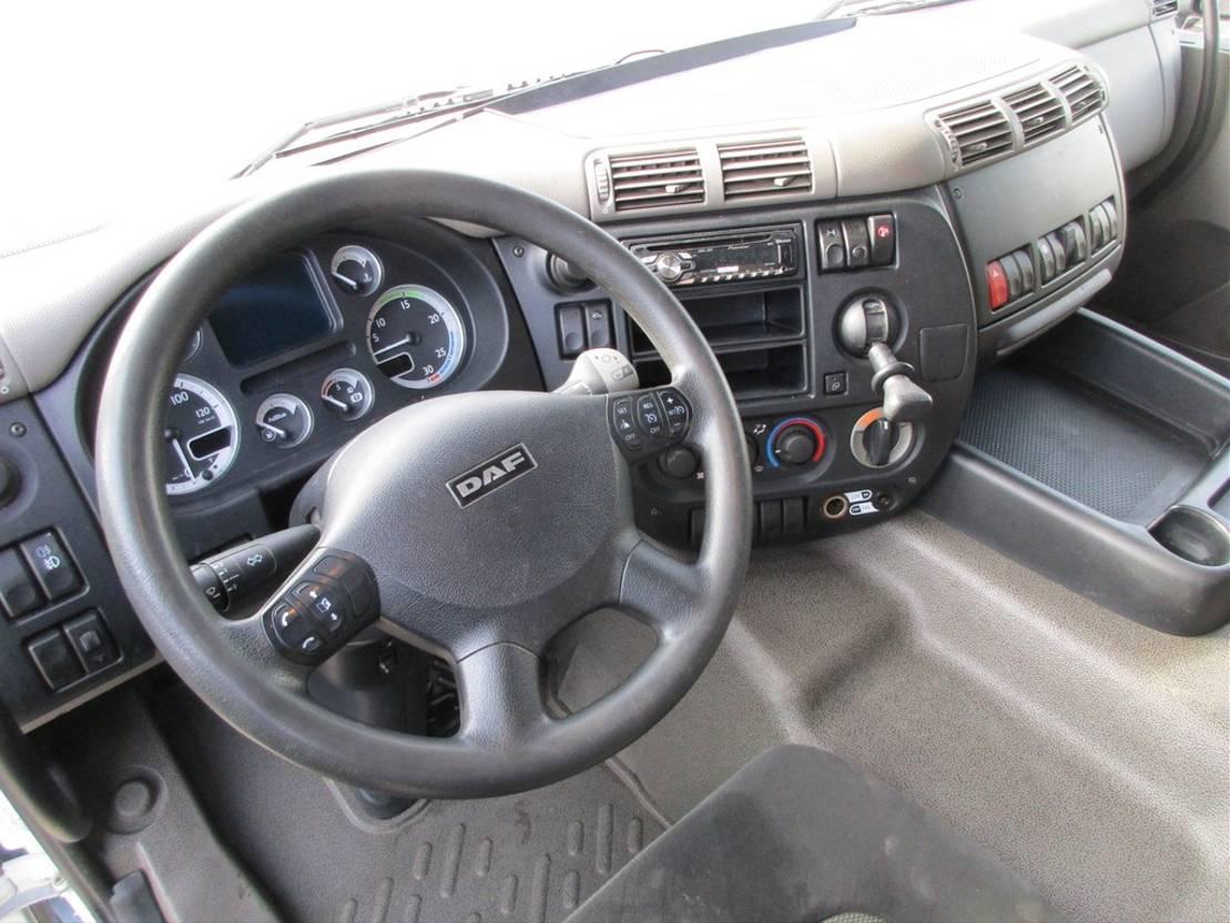 closed box truck > 7.5 t DAF 75 CF 310 Gesloten bak +Klep Euro 5 2012