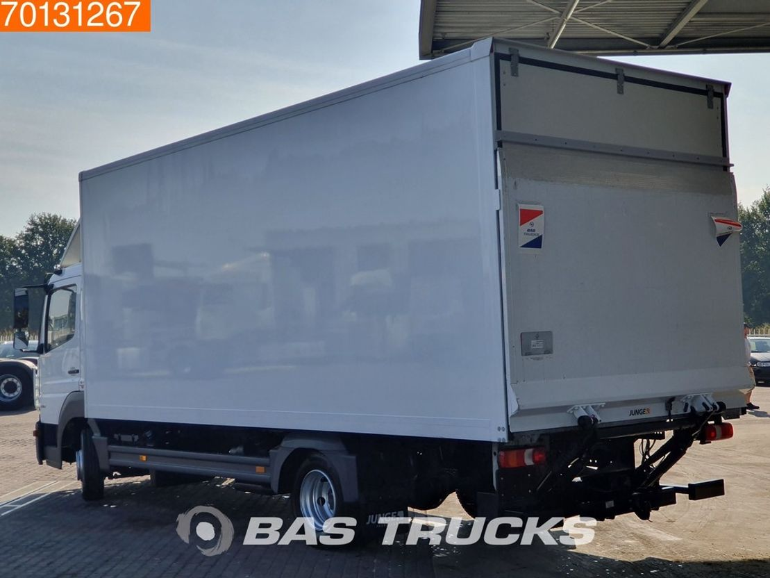 closed box truck > 7.5 t Mercedes Benz Atego 816 4X2 Manual Ladebordwand ClassicSpace Euro 6 2016