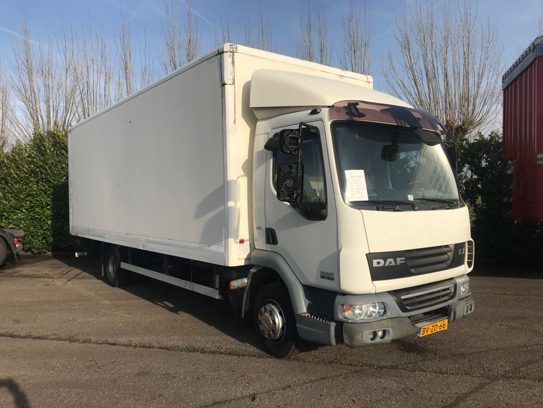closed box truck > 7.5 t DAF FA LF45.160 G12 EEV 2009