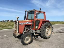 farm tractor Massey Ferguson 575 1979