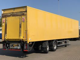 closed box semi trailer Tracon GESLOTEN TRAILER / STUUR-AS / APK 06-2021 2006