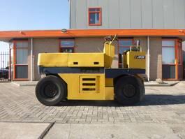 pneumatic tired compactor Komatsu JW33-2
