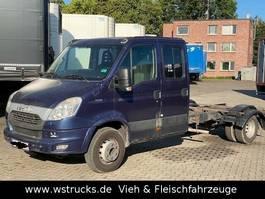 Fahrgestell Nutzfahrzeug Iveco 70C21 Doppelkabine Fahrgestell  AHK
