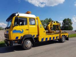 Abschlepp-LKW Mercedes Benz 814 Tow truck Crane Liftbar Winch 1986