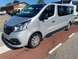 minivan - passenger coach car Renault Trafic Passenger 1.6 dCi 88KW LANG L2H1 KLIMA NAVI 9 SITZ  10.750,- NETTO 2015