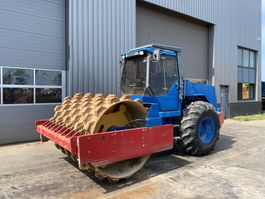 soil compactor Dynapac CA301 Padfoot (12T) 1996