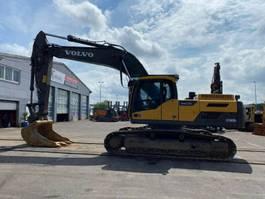 crawler excavator Volvo EC300 D **BJ2013 *7300 H* Alle Leitungen/ SW*TOP 2013