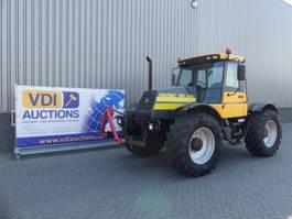 farm tractor JCB Fastrac 150
