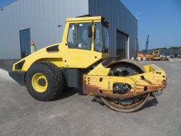 soil compactor Bomag BW213 DH-4 2005