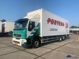 closed box truck > 7.5 t Volvo FE S 320 6X2R 2008