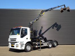 container truck Iveco AD 260S31 / HAAKARM / Z KRAAN / 123DKM / 6X2 2012