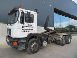 container truck MAN 33.322 6X4 1992
