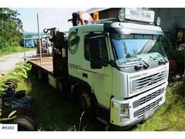 crane truck Volvo FM9 flatbed w / PM 26 to crane 2002