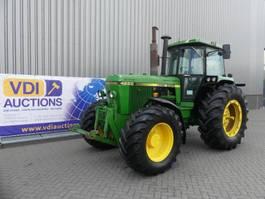 сельскохозяйственный трактор John Deere 4250
