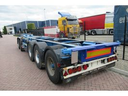 Container-Fahrgestell Auflieger Broshuis 2CONNECT-5AKCC / 3x Steering axle / 4x Lift axle 2005