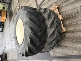 tyres equipment part Goodyear Set luchtbanden 16.5 85-24 met velg