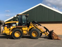 wheel loader Caterpillar 924G 2001