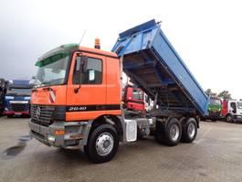 tipper truck > 7.5 t Mercedes-Benz Actros 2640 + PTO + Kipper 2001