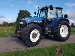 tractor agrícola New Holland 8360