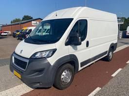 Kastenwagen Nutzfahrzeug Peugeot Boxer 435 2.2 HDI 110KW L2H2  KLIMA NAVI CAMERA 2016