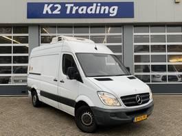 furgoneta frigorífica Mercedes-Benz Sprinter 313 2.2 CDI L2H2 Koelwagen dag en nacht Airco Handbak 2012
