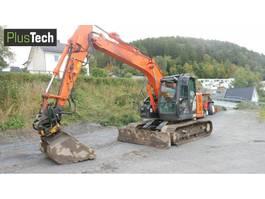 excavadora sobre cadenas Hitachi ZX 135 US 2016