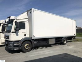 closed box truck > 7.5 t MAN TGM box truck (euro 6) 2014