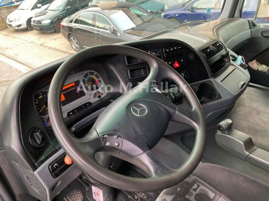 Koffer LKW Mercedes-Benz Actros MPII 2532 N 6x2 Spring/Air Clutch