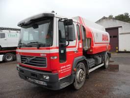 tank truck Volvo FL6 tankwagen 2002