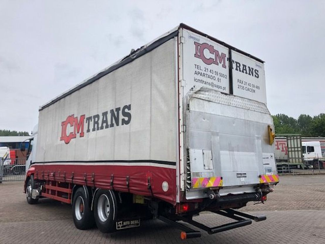 closed box truck > 7.5 t Renault Premium 385 6x2 10 TYRES (Manual pomp) ** 2 CULASSE ** 1998