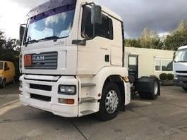 hazardous materials tractorhead MAN TGA 390  ADR AUTOMATIC 2004  530.000 km very clean!!! tarra 6500 kg 2004