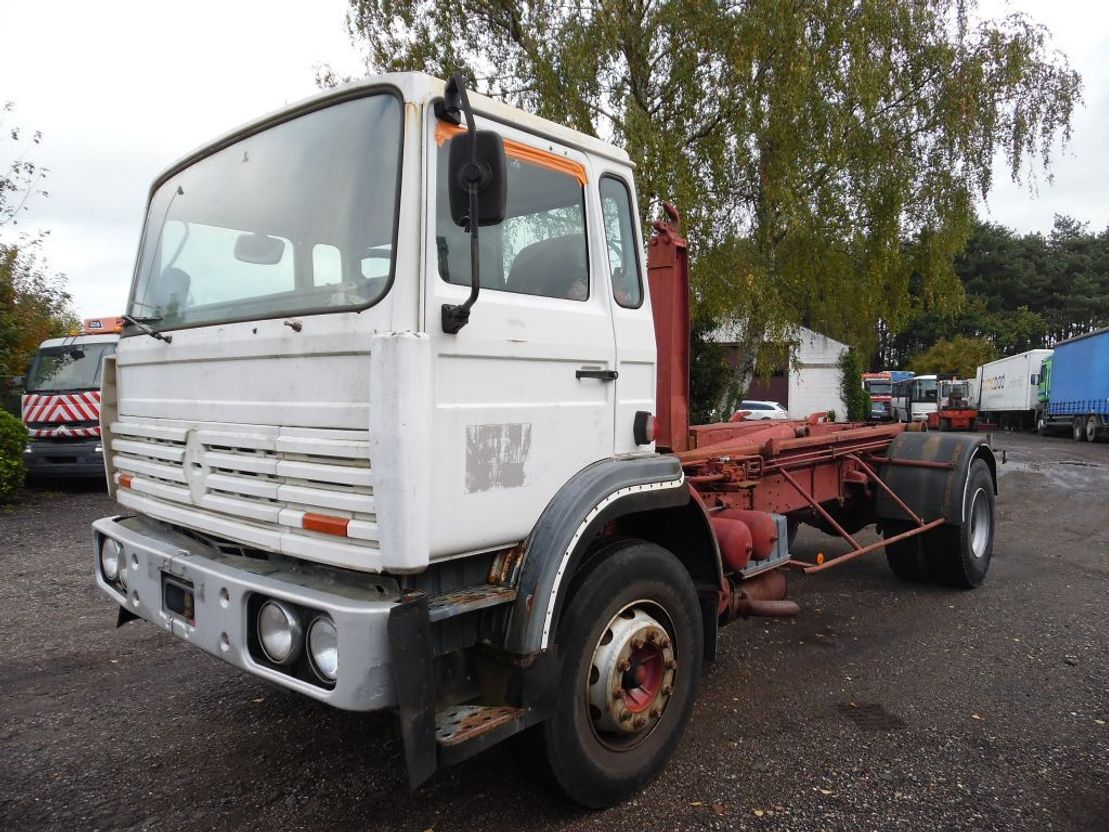 container truck Renault G230 containersysteem 1980