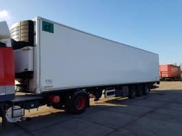 refrigerated semi trailer Fruehauf 3 AXLE FRIGO CLOSED BOX CARRIER 2004
