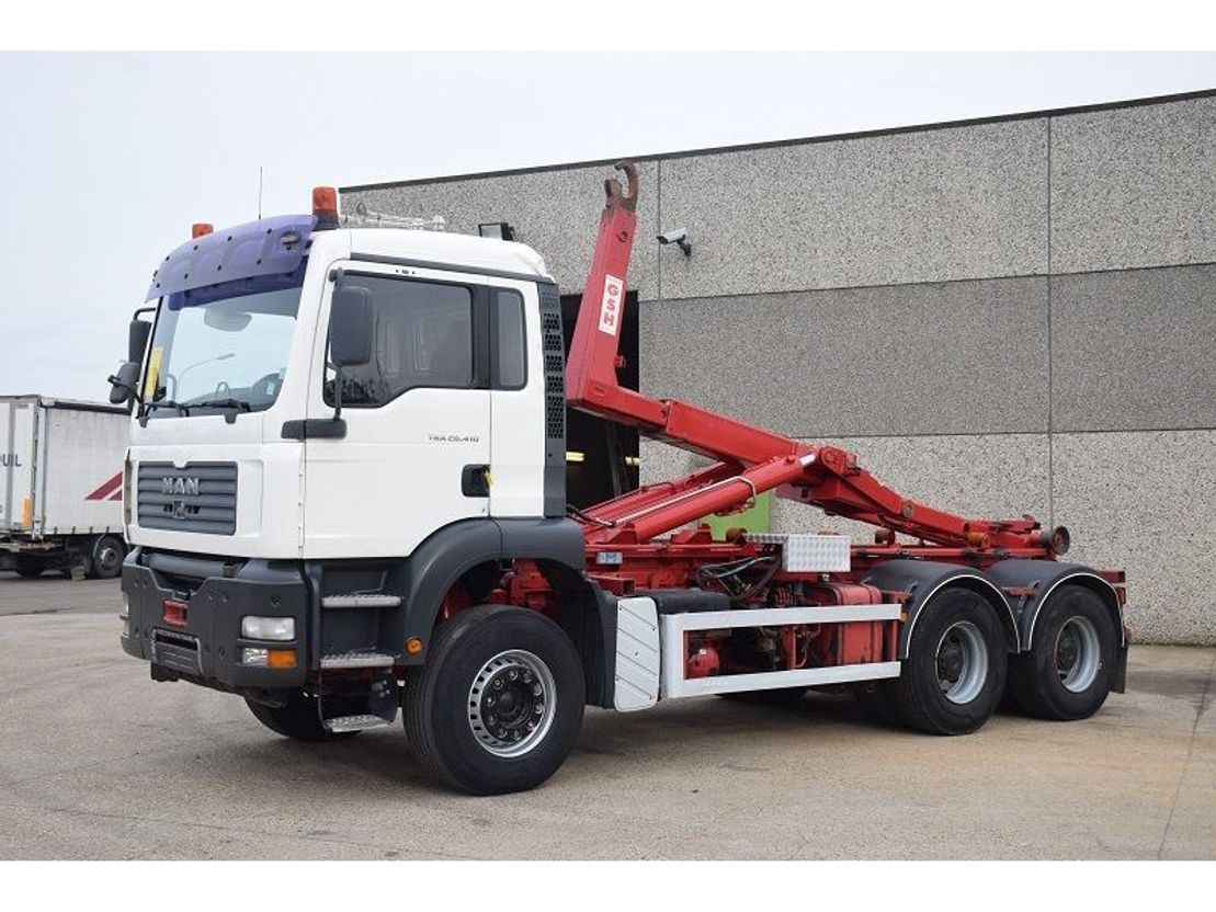 container truck MAN TGA 26.410 6X4 CONTAINER SYSTEEM- CONTAINER SISTEEM- CONTAINER HAAKSYSTEEM- SYSTEME... 2004